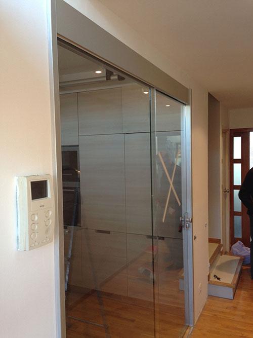 Puertas correderas de vidrio carpinter a de aluminio - Puerta corredera de aluminio ...