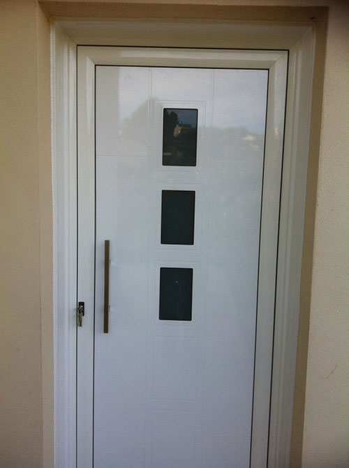 Puertas exteriores entrada vivienda carpinter a de - Modelos de puertas de aluminio para exterior ...