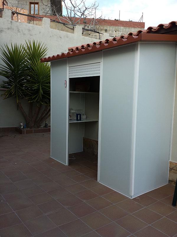 Armarios exteriores y trasteros de aluminio carpinter a - Armarios de pvc para exterior ...